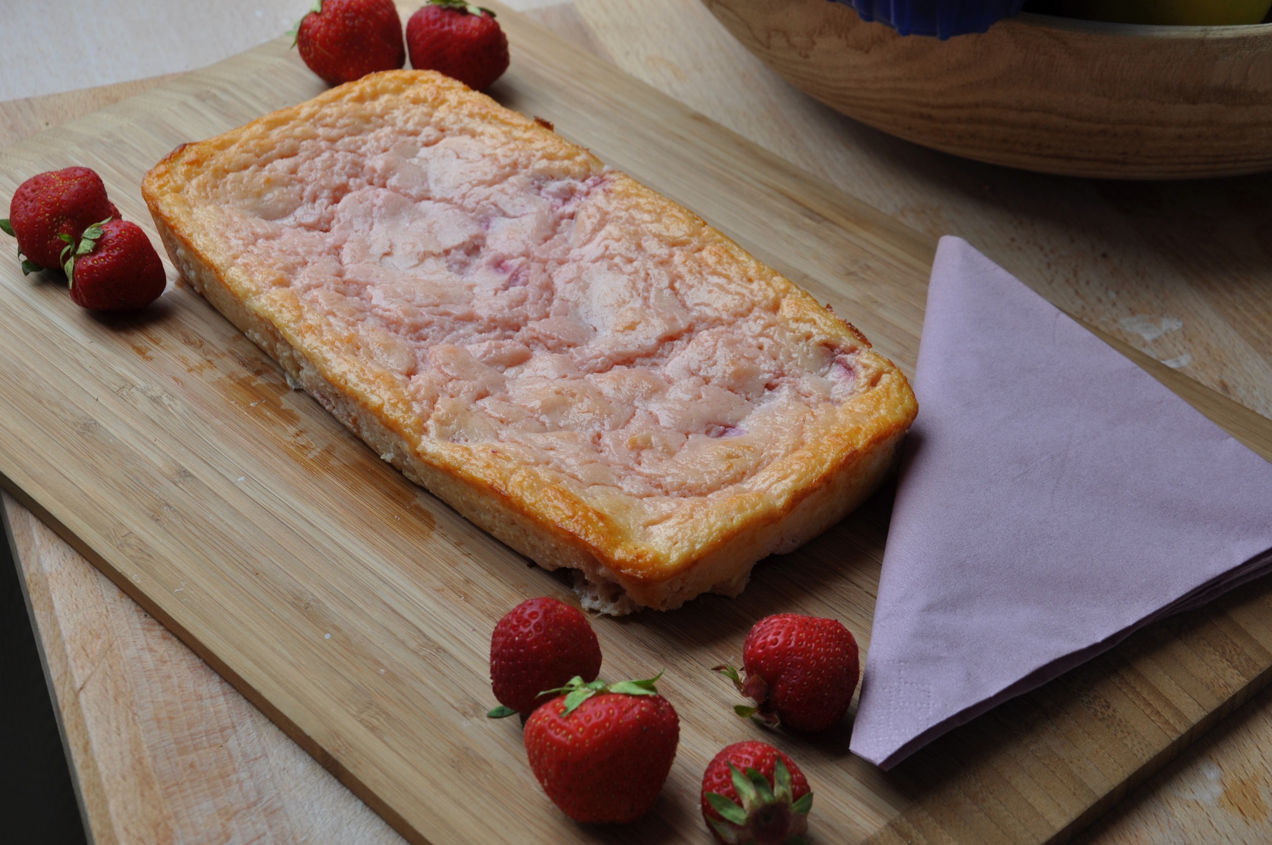 Erdbeer griesskuchen sina bottger for Fertigküchen